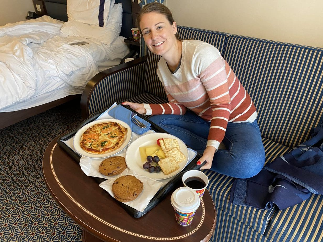 disney cruises room service pizza cookies cheese and soda